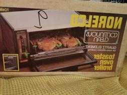 Vintage NOS Norelco Toaster Oven Broiler Toast-R-Oven  USA T